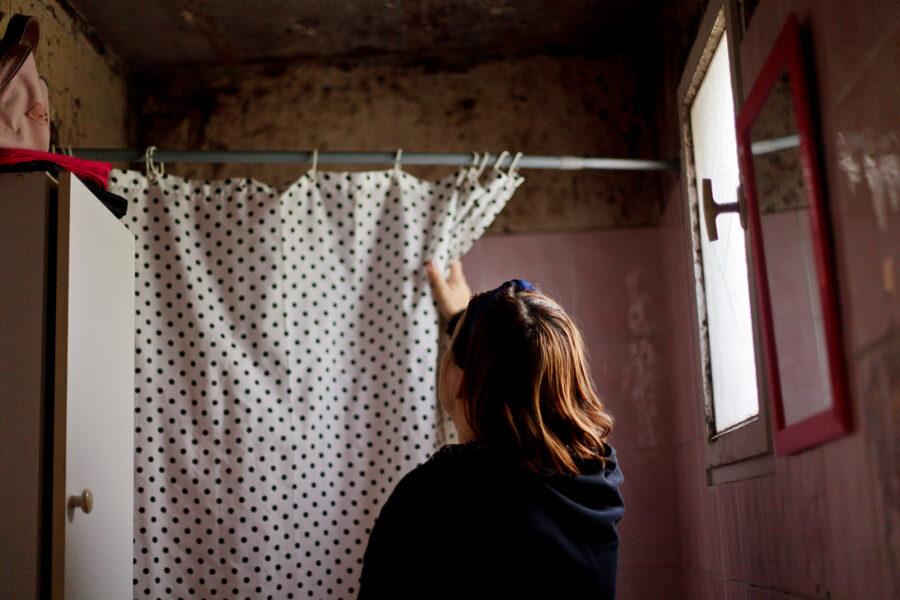 «Quand la maison se délabre» • Anaïs Pachabezian