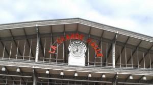 """La Grande Halle de la Villette avec les élèves de 5e du collège Joliot-Curie dans le cadre de """"Nos vies à la Villette"""""""