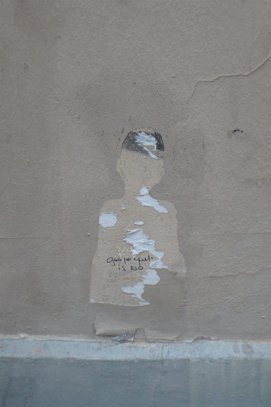 La ville est vivante – 3. Le fantôme : le fantôme, c'est un peu le passant anonyme, qui rêve de s'évade